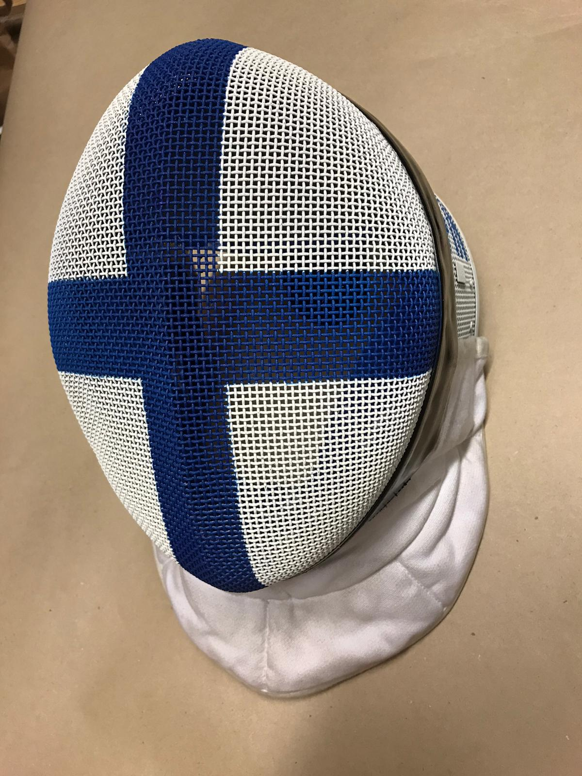 Paint your old mask with the Finnish flag
